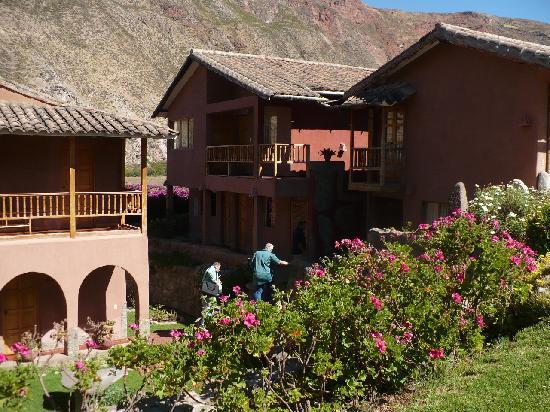 Flying Dog Hostels: Luna Rumi Lodge