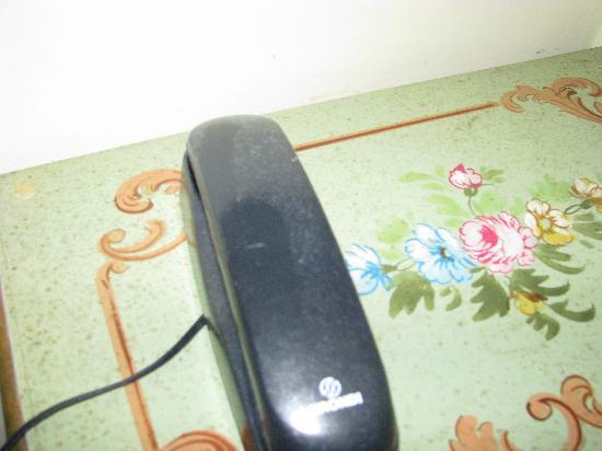 Hotel Malibran: téléphone couvert de poussière