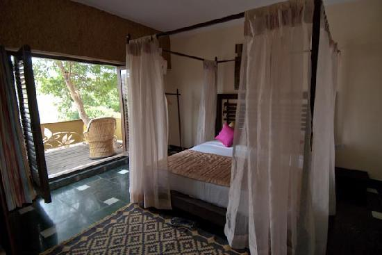 Aravali Silence Lakend Resorts & Adventures Pvt. Ltd.: Schlafzimmer