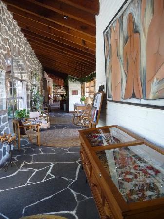 Posada Corazon: Hotel corridor communal area