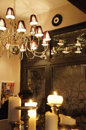 Hypnos Design Hotel: Hypnose Boutique Hotel Istanbul_Candles... everning...