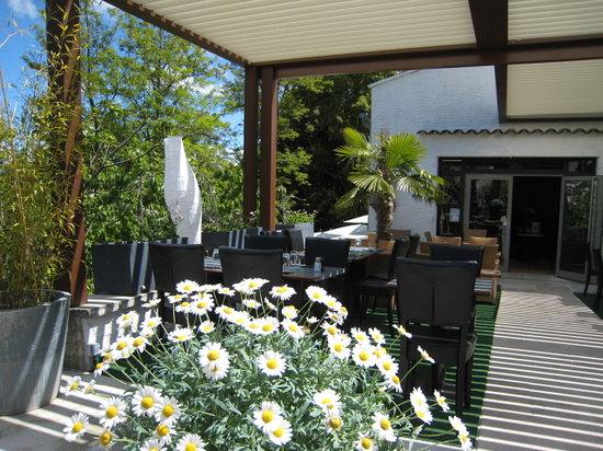 Vue de la terrasse Le 9 Restaurant Forcalquier