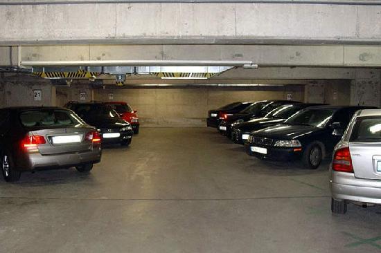 Inos: Garage