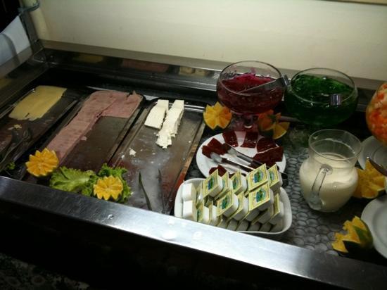 Harbor Self Buriti Suites Hotel: Breakfast