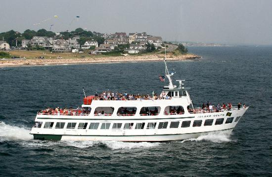 Island Queen Ferry: The Fun Way to Martha's Vineyard