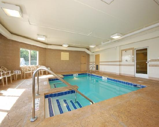 Comfort Inn & Suites: Indoor Heated Swiming Pool
