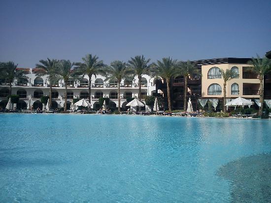 Savoy Sharm El Sheikh: Lower Pool