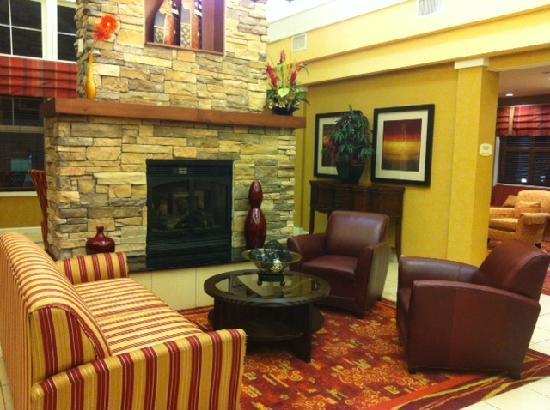 Residence Inn Bryan College Station: Lobby