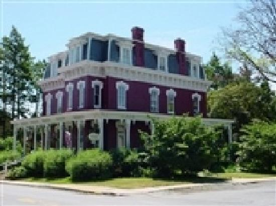 Lovelace Manor Bed and Breakfast - UPDATED 2017 Prices & B ...