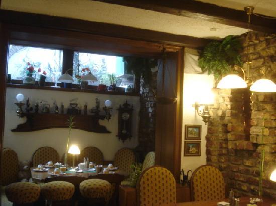 Hotel Müller: レストランの中