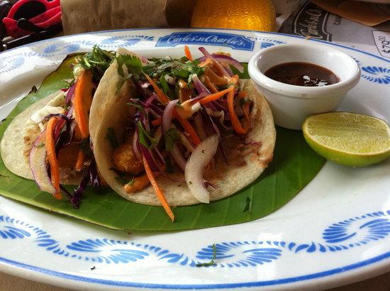 Carlos'n Charlie's Cancun: My fish tacos.