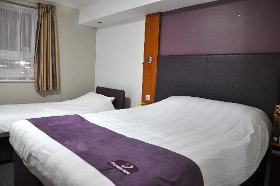Premier Inn Durham East Hotel: very comfortable bed!