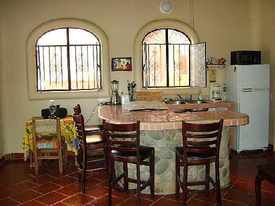 Macondo Bungalows: Terrace kitchen
