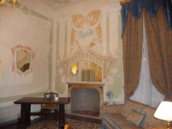 Palazzo Paruta: My favourite part of the suite - fireplace, sofa and writing desk.