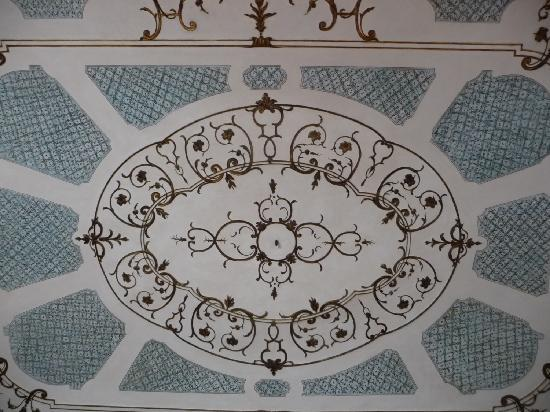 Palazzo Tucci: Bella ceiling of the Loreley Suite.