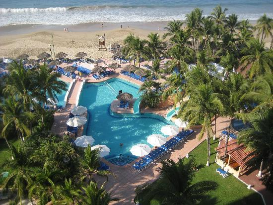 Sunscape Dorado Pacifico Ixtapa: great pools
