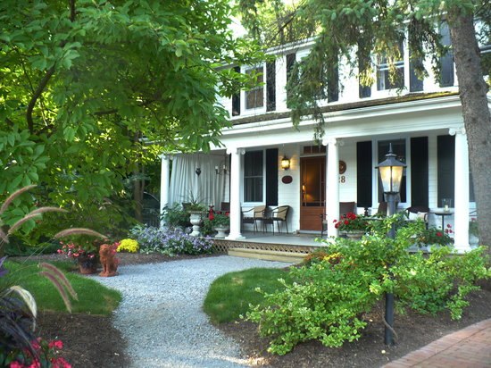 Copper Dreams Bed and Breakfast: History and elegance in Niagara-on-the-Lake