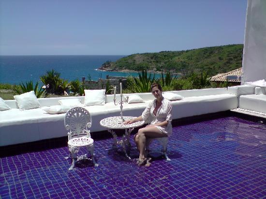 Brava Hotel: Vista desde la piscina