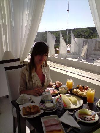 Brava Hotel: Desayuno