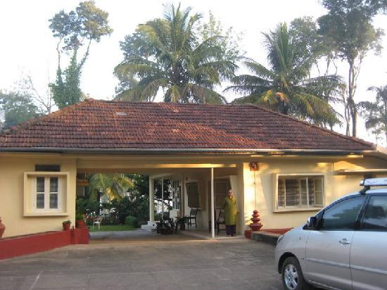 Polaycad Bungalow: the Cariappas homestay-Polycaud bunglow at Coorg