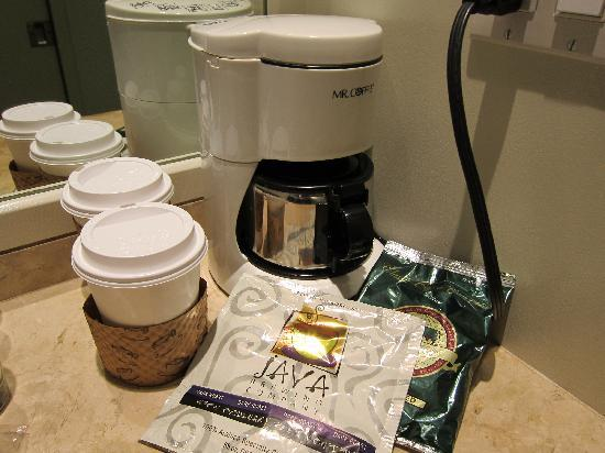 The Brentwood Inn: Drip Coffee Machine
