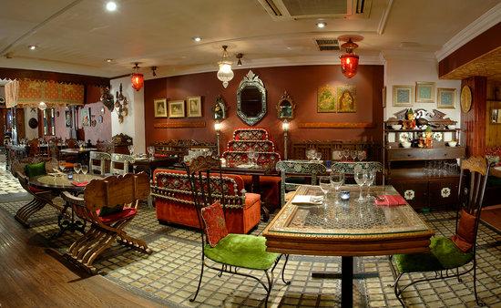 Chor Bizarre - India's Restaurant