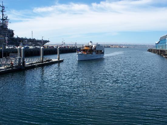 Battello Picture Of Hornblower Cruises Amp Events San