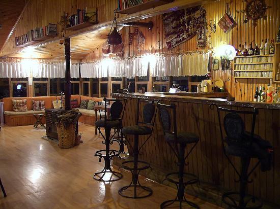 Kibala Hotel: Bar-2