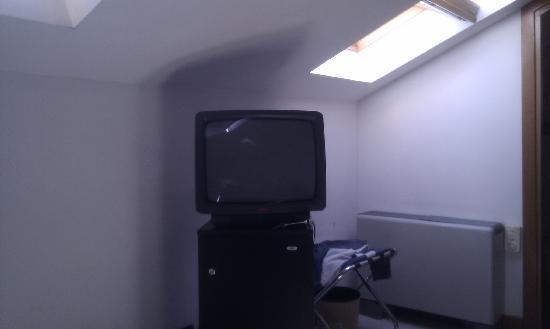 ARS Hotel : questo era l'angolo tv della camera...