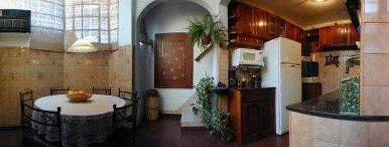 Republica San Telmo: Kitchen Guest House