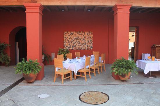 Hotel La Casona De Tita: Espacio para desayunar