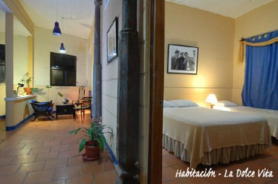 Hotel La Dolce Vita: Habitación