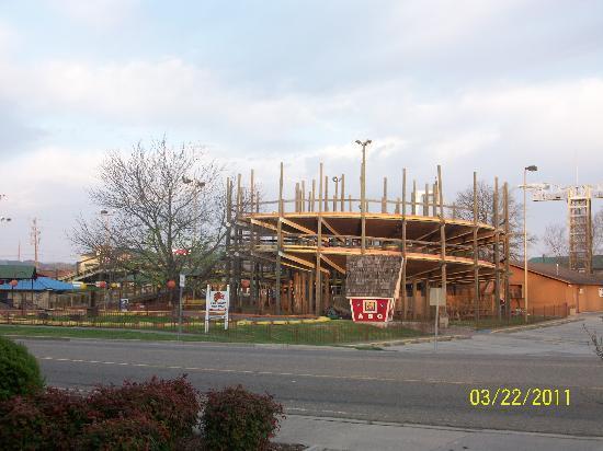 Timbers Lodge: Across the street