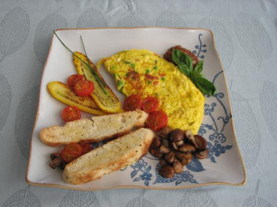 Cat's Pjamas Bed and Breakfast: one of our organic breakfast options