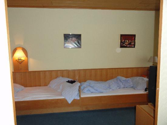Pension Wild: Zimmer mit zwei Einzelbetten