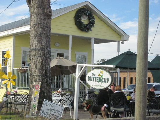 Bay Saint Louis, MS: Buttercup Cafe