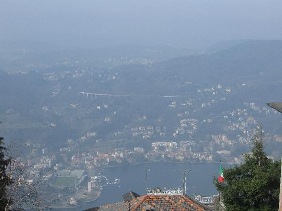 Vista Lago: View from the hotel of lake Como