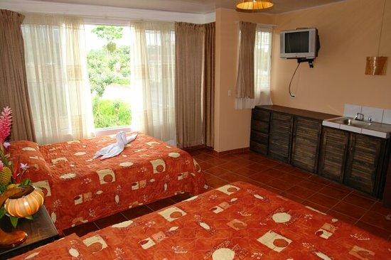 Regina Hotel: Room 8