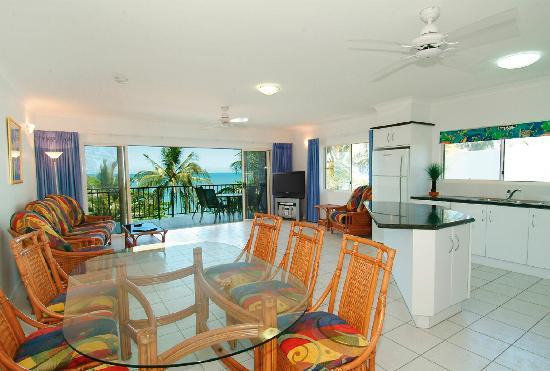 Beachfront Apartments on Trinity Beach: 1 & 2 bedroom Seaview Apartment / Suite  interior