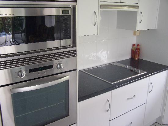 بيتفرونت أبارتمينتس أون ترينتي بيتش: Full kitchen and Dishwasher