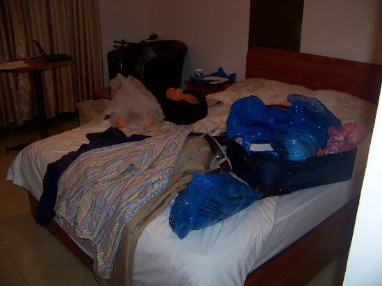 Tel Aviv Seashore Suites: Bed