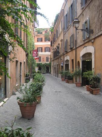 Via margutta il fronte dell 39 hotel picture of hotel for Margutta 19 luxury hotel 00187 roma italy
