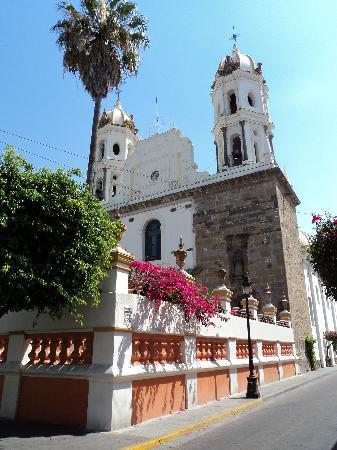 Tlaquepaque, المكسيك: Tlaquepaque Basilica