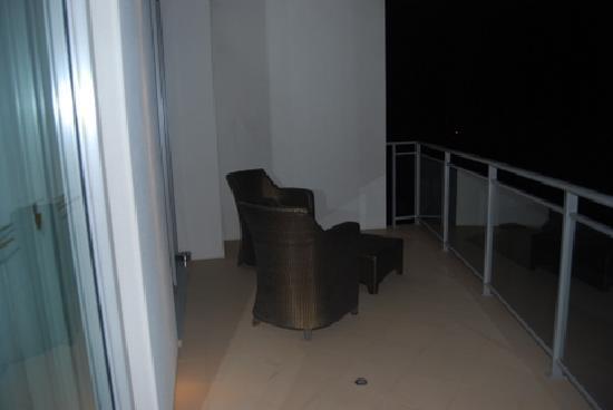 The Richardson Hotel & Spa: Very generous balcony