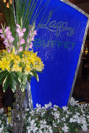 Cafe Lago Buffet: sign in the entryway