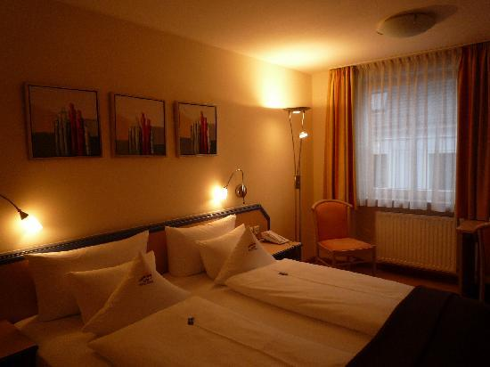 Hotel Sonne: 部屋