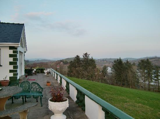 Ardlenagh View: ベランダからの景色