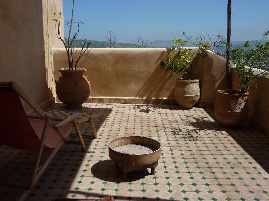 Riad Les Oudayas : terrasse de la suite Driss