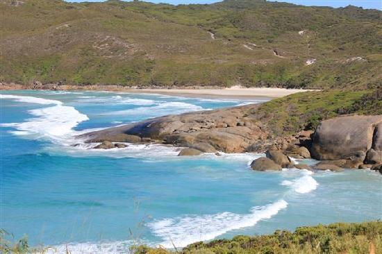 Cape Howe Cottages: Nearby Lowlands Beach