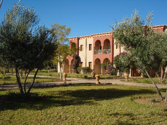 IBEROSTAR Club Palmeraie Marrakech: Petits Bâtiments et grands parcs